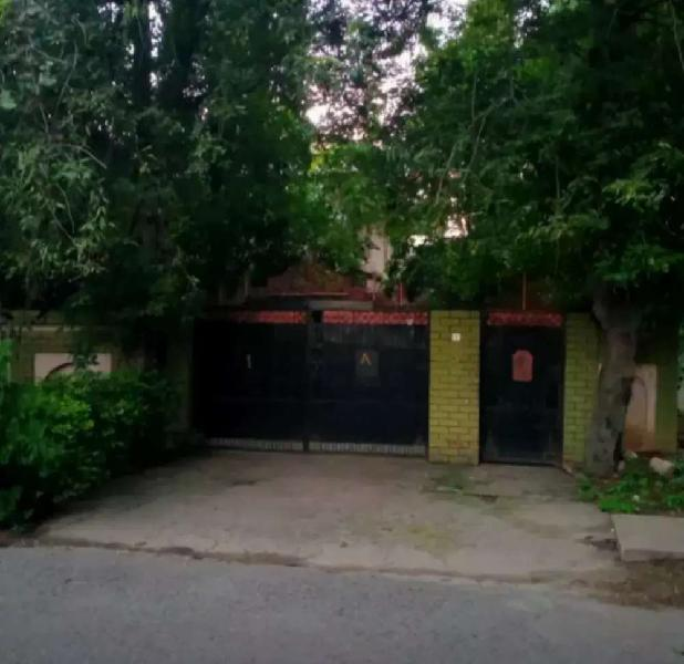 BOYS hostels for students and job holders[ Sector F8/2 &