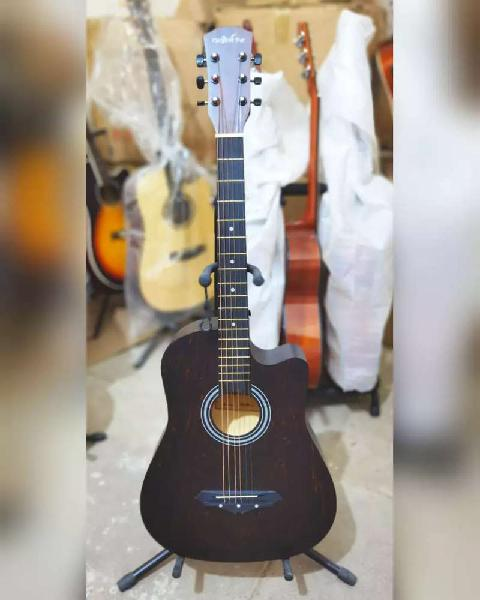 Gul Guitars,,