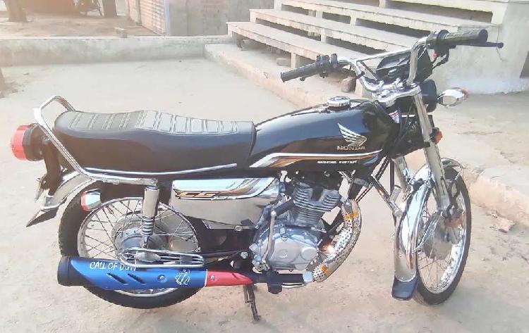 Honda 125cc salf start 5gero wala for seal