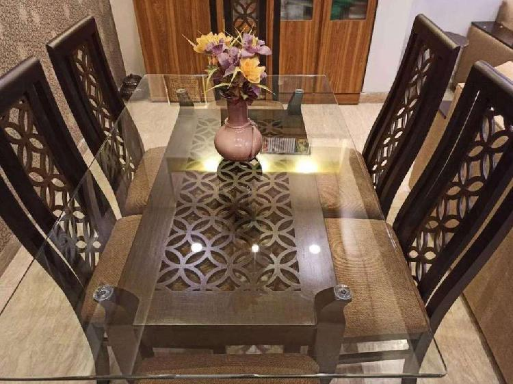 6 chairs dinning table brand new woode