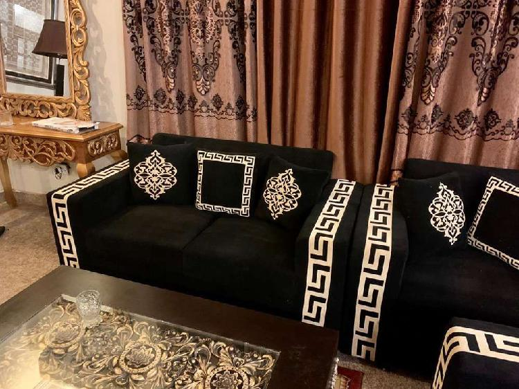 Versace 6 seater sofa set 2 months used