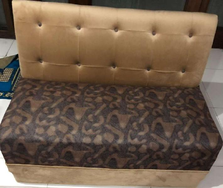 Lounge or bed room sofa 2 seater