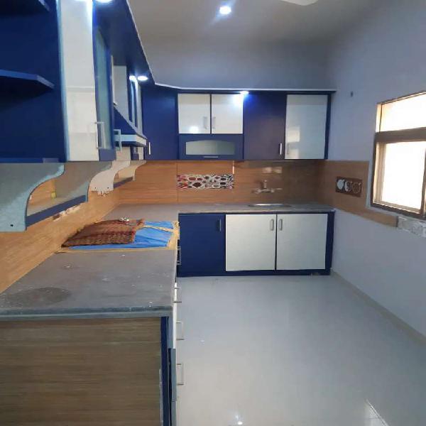 Flat rent pechs block 6