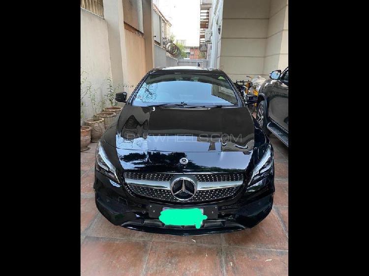 Mercedes benz cla class cla200 2017