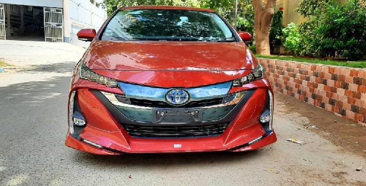 Toyota prius phv (plug in hybrid) 2017