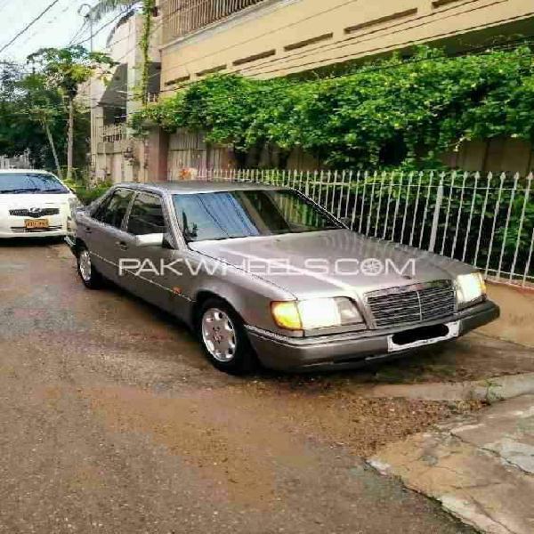 Mercedes benz 250 d 1986