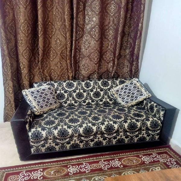 Sofa set (6 seater) with cushions