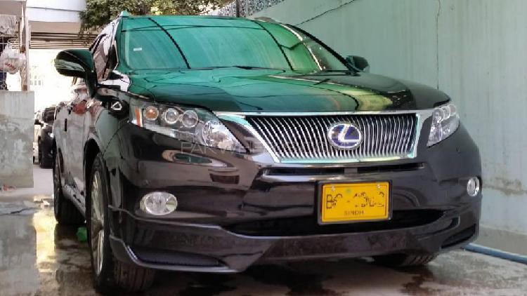 Lexus rx series 450h 2011