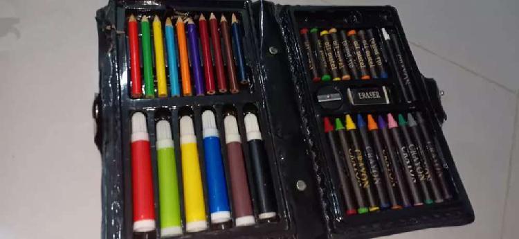 38 piece colour box