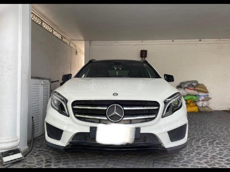 Mercedes benz gl class 2015