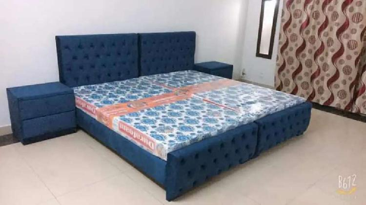 Bed set available at wholesale rate