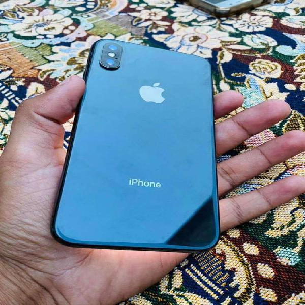 I phone x 64 gb black pta aproved with chrger box