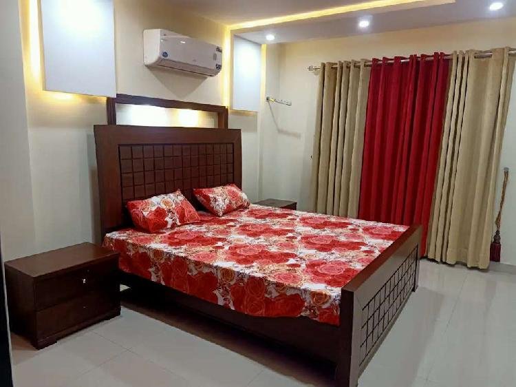 Two bedroom flat fully furnished for rent in bahria town