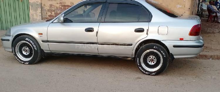 Honda Civic EXi 1996