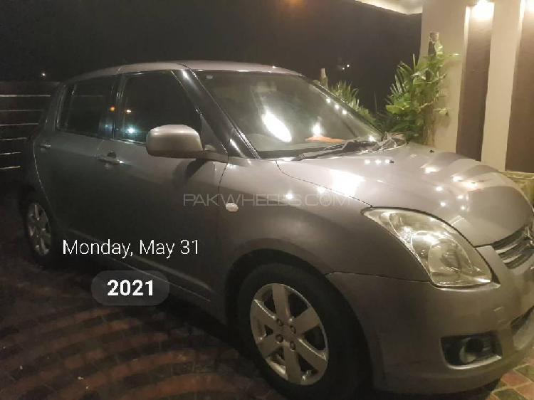 Suzuki swift dx 1.3 2013