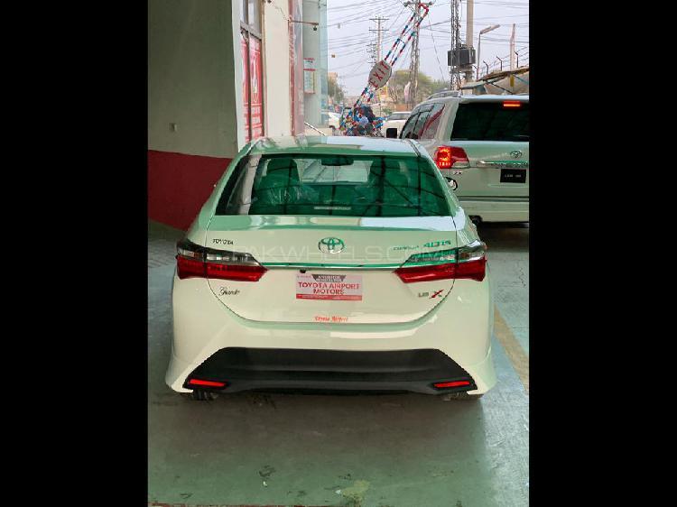 Toyota corolla altis grande x cvt-i 1.8 black interior 2021