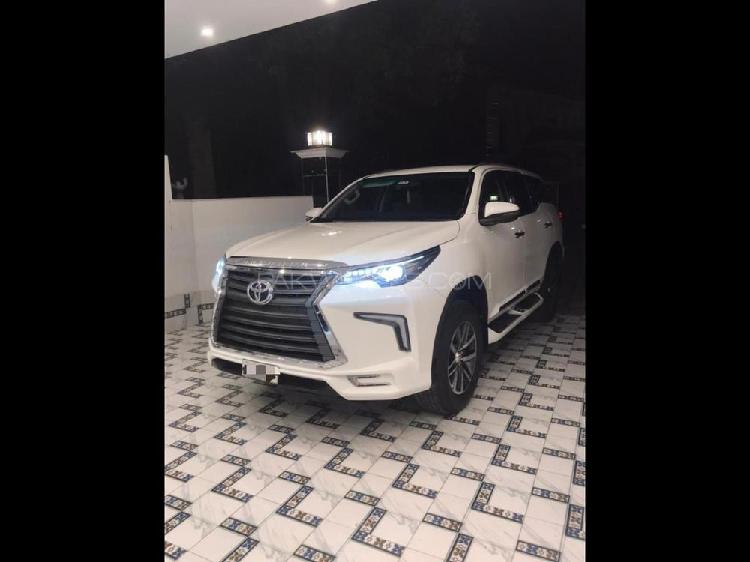 Toyota fortuner 2.7 g 2019